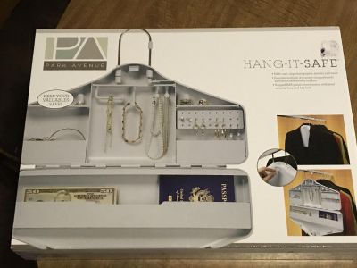 NEW IN BOX HANG IT SAFE