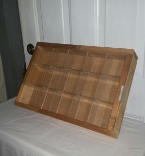 15 Autograph or Photo ball Display case. $30
