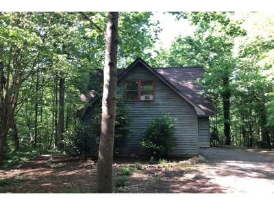 3 Bed 2 Bath Preforeclosure Property in Chapin, SC 29036 - Loafers Glory Ct