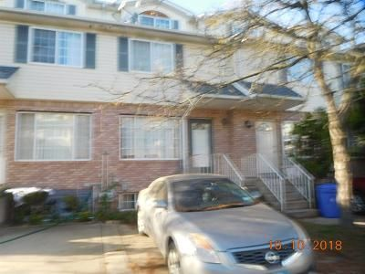 Foreclosure Property in Staten Island, NY 10306 - Pelican Cir
