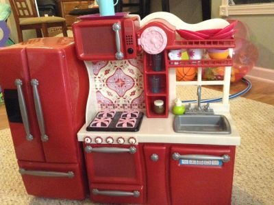 American girl sized (Our Generation) kitchen