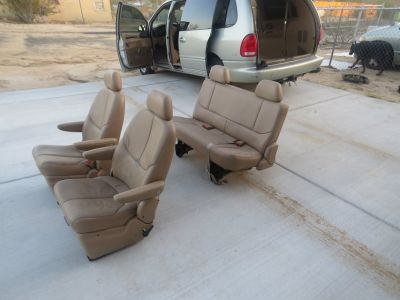 1999 Town & Country Tan Leather Seats
