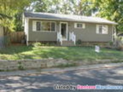 Wonderful Four BR Rambler for Rent in Mound!!