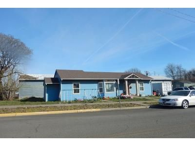 3 Bed 2 Bath Preforeclosure Property in Independence, OR 97351 - G St