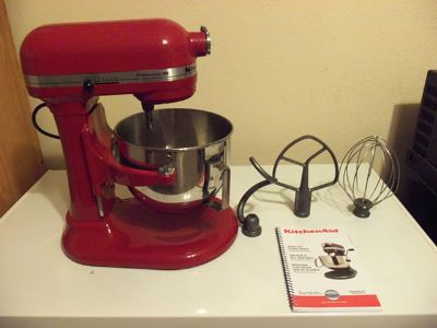 Used Kitchenaide Stand Mixer In Excellent Shape