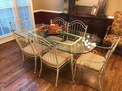 Beautiful Condition GLASS & IRON DINING TABLE WITH SIX CHAIRS.