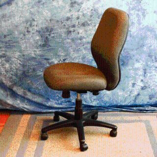 USED OFFICE/COMPUTER CHAIR ERGONOMIC SWIVEL CHAIR