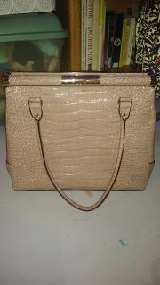 Large Kate Spade New York pebbled leather tote purse like new condition