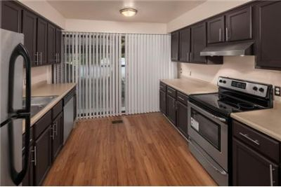 2 bedrooms Townhouse - Fairlane East Apartments is an apartment community in Dearborn. Carport parki