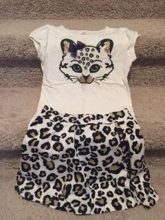 Cute shirt and skirt size 5/6