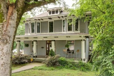 $3750 4 single-family home in Nashville North
