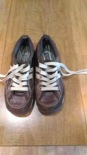Sketches shoes. Size 8