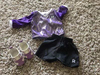 18 DOLL SOCCER OUTFIT