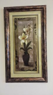 BEAUTIFUL FRAMED PICTURE WITH ORCHIDS
