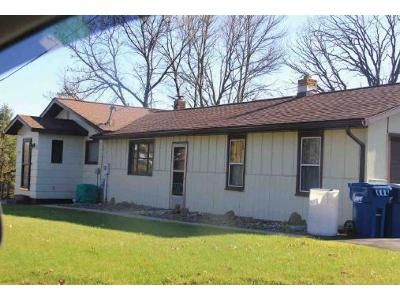 2 Bed 1 Bath Foreclosure Property in Rice Lake, WI 54868 - Fencl Ave