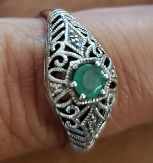 Antique emerald sterling silver ring, beautiful