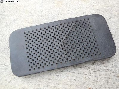 Porsche 911 / 912 Early Center Dash Speaker Grille