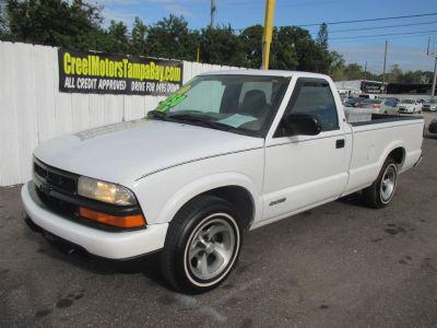 1998 Chevrolet S-10 Base (White)