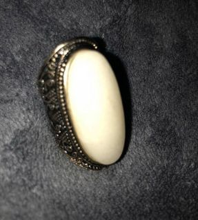 Vintage Statement Ring with large Stone