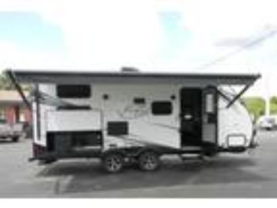 2020 Coachmen Spirit Ultra Lite 2245BH