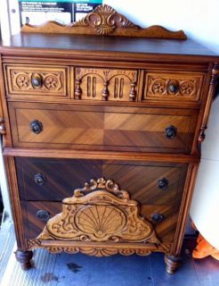 Early 1920 s vintage/antique dresser chest of drawers