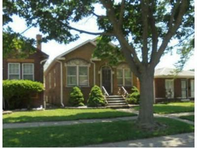 4 Bed 1 Bath Foreclosure Property in Riverdale, IL 60827 - S Dearborn St