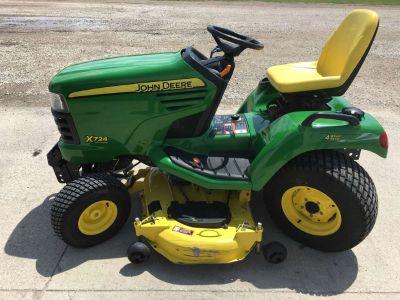 $5,750, 2006 John Deere X724 48/54-Inch Ultimatetrade; Tractor
