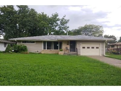 2 Bed 1 Bath Foreclosure Property in Salina, KS 67401 - E Claflin Ave
