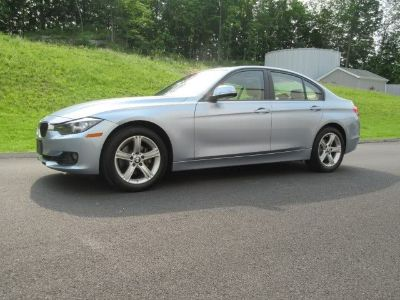 2015 BMW 3-Series 4dr Sdn 328i xDrive AWD SULEV (Imperial Blue Metallic)