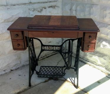 Gourgous Singer Treadle Sewing Machine Table