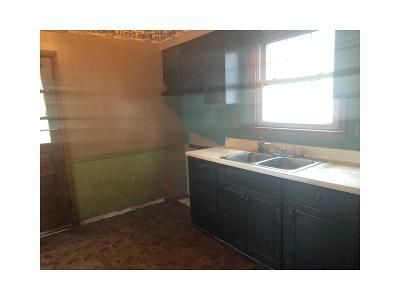 3 Bed 1 Bath Foreclosure Property in New Brighton, PA 15066 - 5th St