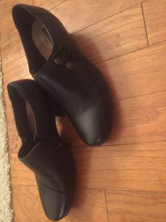 Clark s women s black leather shoes NIB