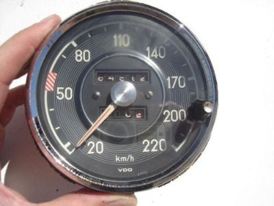 Find MERCEDES 300SE 300 SE 111 112 SPEEDOMETER 220 KMH KPH VDO 0055422106 motorcycle in Los Angeles, California, United States, for US $595.00