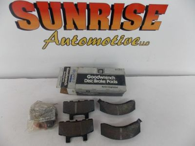 Sell GM 18024903 FRONT BRAKE PADS CHEVY GMC C1500 K1500 PICKUP 1988 1989 1990 1991 motorcycle in London, Kentucky, United States, for US $49.95