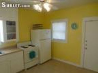 Two BR Two BA In Galveston TX 77550