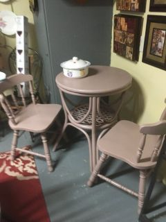 Small table 2 chairs24 inches round 32 inches tall
