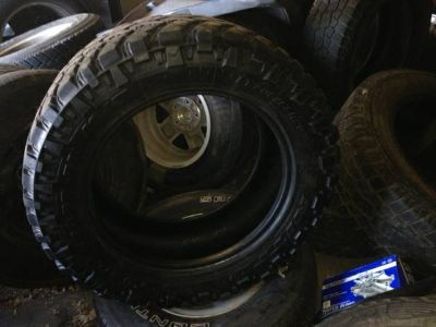 2 30555R20 Nitto Trail Grappler MT Tires