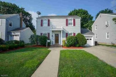 448 Stratford Rd Union, Welcome home to this CHARMING 4