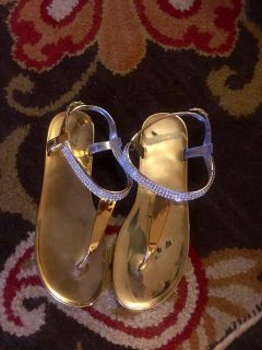 Super cute gold sandals with diamond straps size 9/10 $5