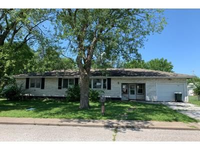 3 Bed 1 Bath Foreclosure Property in Festus, MO 63028 - Valentine St