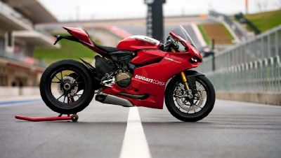 Download Free Cars And Bikes HD Wallpapers