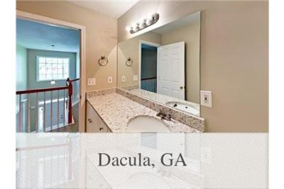 There is much to love about this move in ready home. Washer/Dryer Hookups!