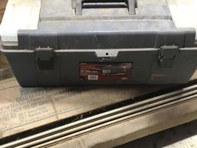 Tool box packed with high end tools see additional photos for contents