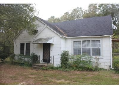 2 Bed 2 Bath Foreclosure Property in Canton, MS 39046 - N Liberty St