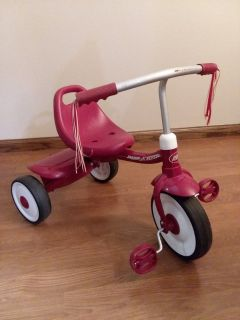 Radio Flyer Red Tricycle