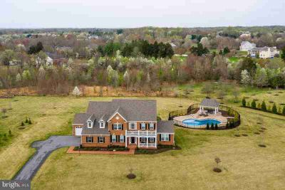 13007 Winding Creek Rd Bowie, This MAJESTIC Five BR