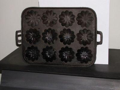 cast iron muffin pan