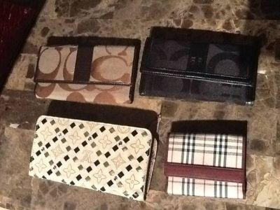 Coachl ,Lv wallets