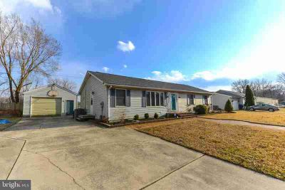91 Lotus Ln Carneys Point Township Three BR, From the moment you