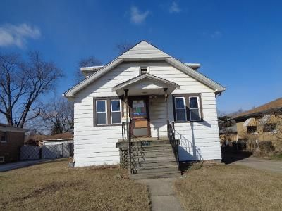 4 Bed 2 Bath Foreclosure Property in Calumet City, IL 60409 - Freeland Ave